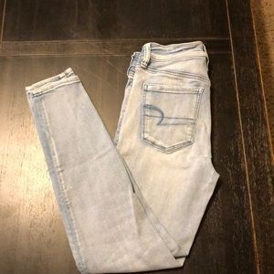 AE Jeans SZ 4 Short